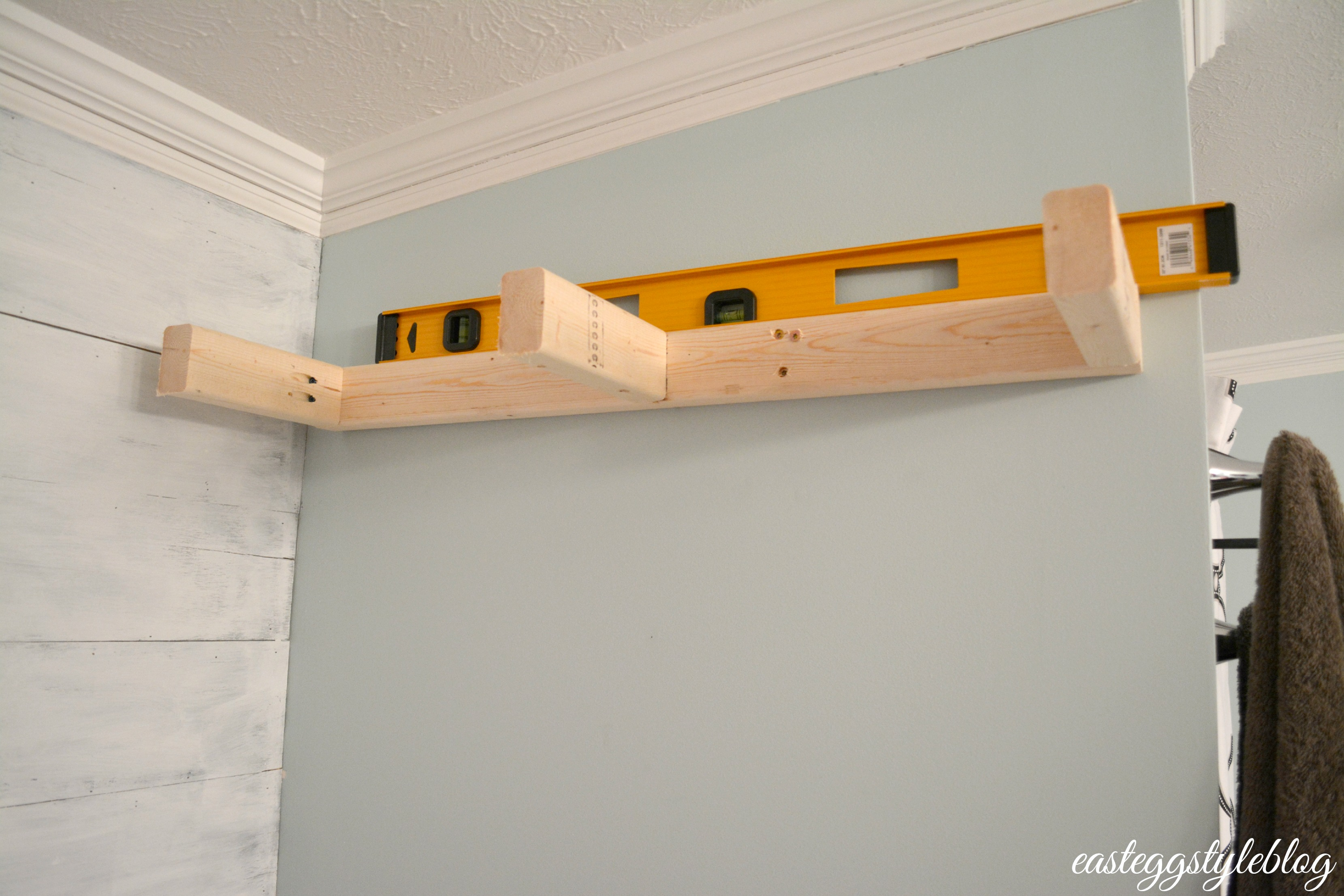 How to fasten shelves 53